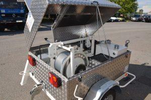 treuil électrique 2500M sur remorque, matériel tirage de cable