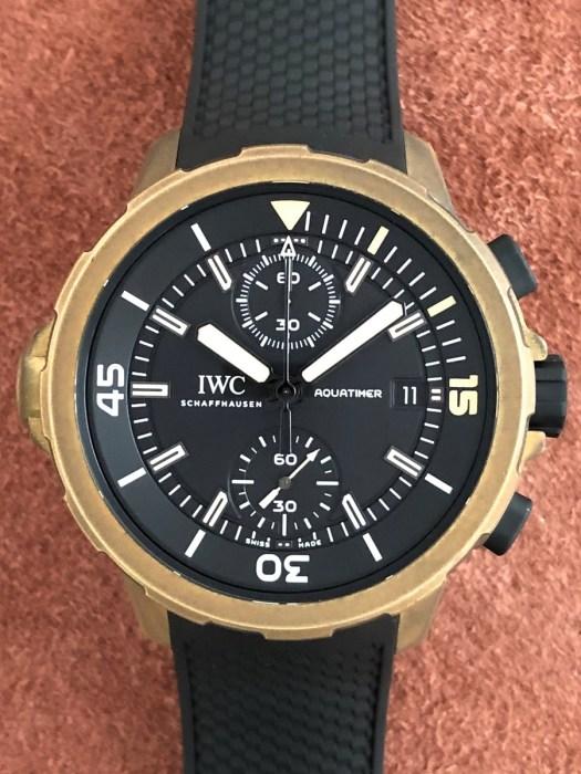 アイダブリュシー(IWC)アクアタイマークロノグラフIW379503エクスペディション チャールズダーウィン中古の正面