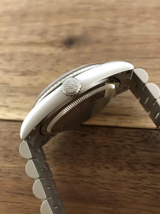 ロレックス デイデイト Ref.118239A シルバー 10Pダイヤ 中古 竜頭側からアップの画像