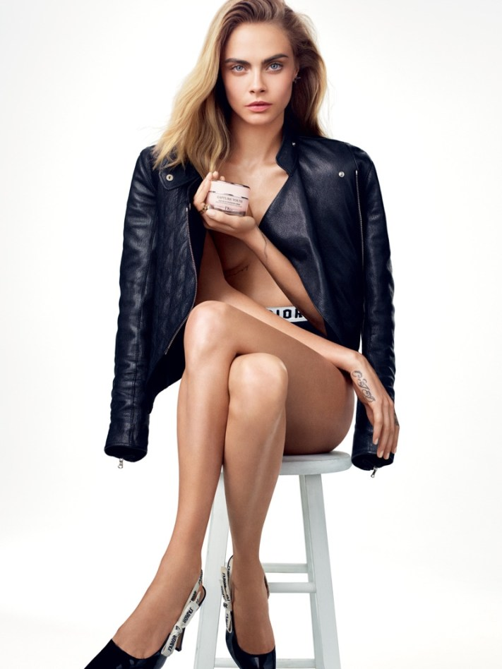 Cara-Delevingne-Dior-Capture-Youth-Ad-Campaign
