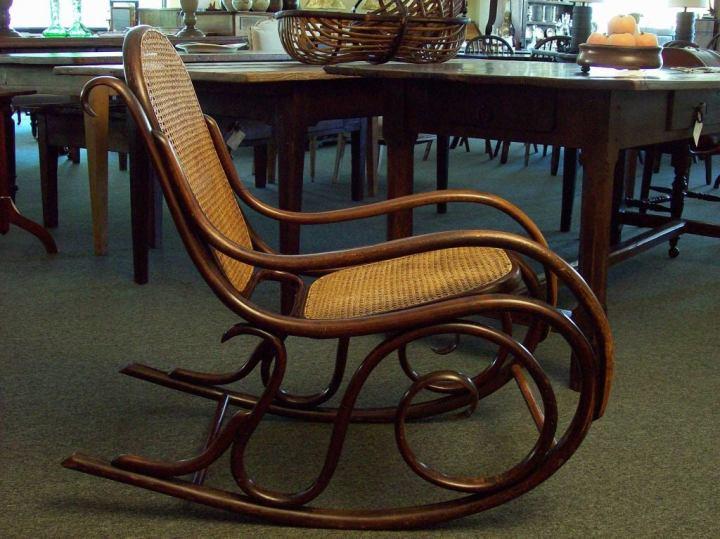 Antique Thonet Rocking Chair At 1stdibs - Vintage Thonet Sofa Scifihits.com