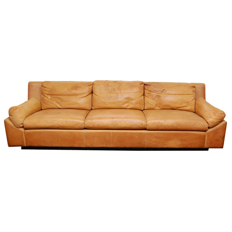 corbusier lounge chair covers for hire south wales french leather sofa at 1stdibs