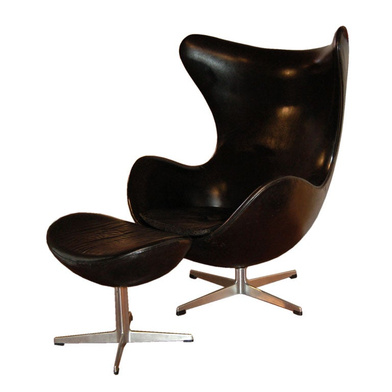 Vintage Leather Egg Chair and Ottoman by Arne Jacobsen at