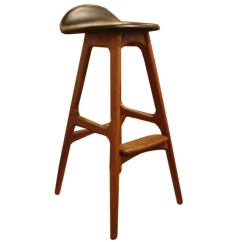 Vintage Bentwood Chairs Eames Eiffel Wood And Black Leather Bar Stools By Erik Buck At 1stdibs