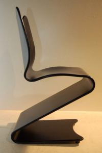 VERNER PANTON PLYWOOD CANTILEVER CHAIR at 1stdibs