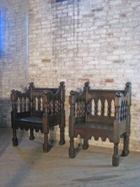 Pair of 19th century Italian Gothic Style Chairs For Sale