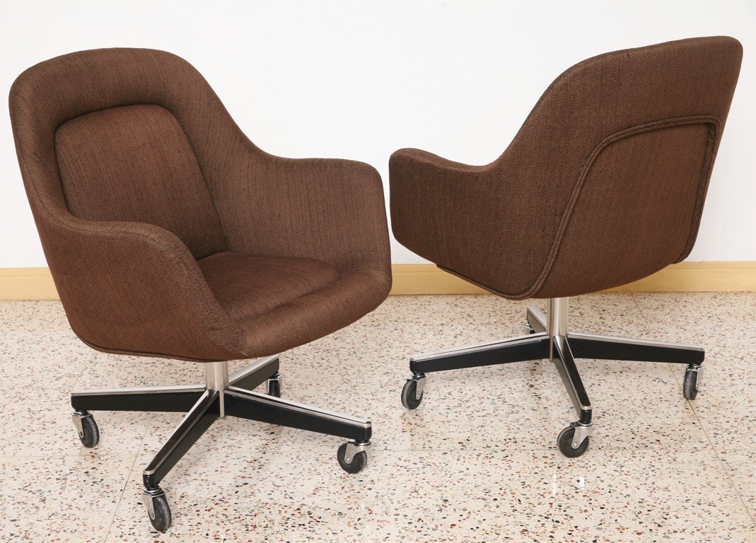 Knoll Egg Chair Max Pearson Egg Style Armchairs For Knoll At 1stdibs