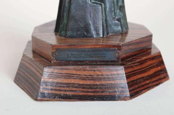 Pierre Le Faguays French Art Deco 'victory' Bronze
