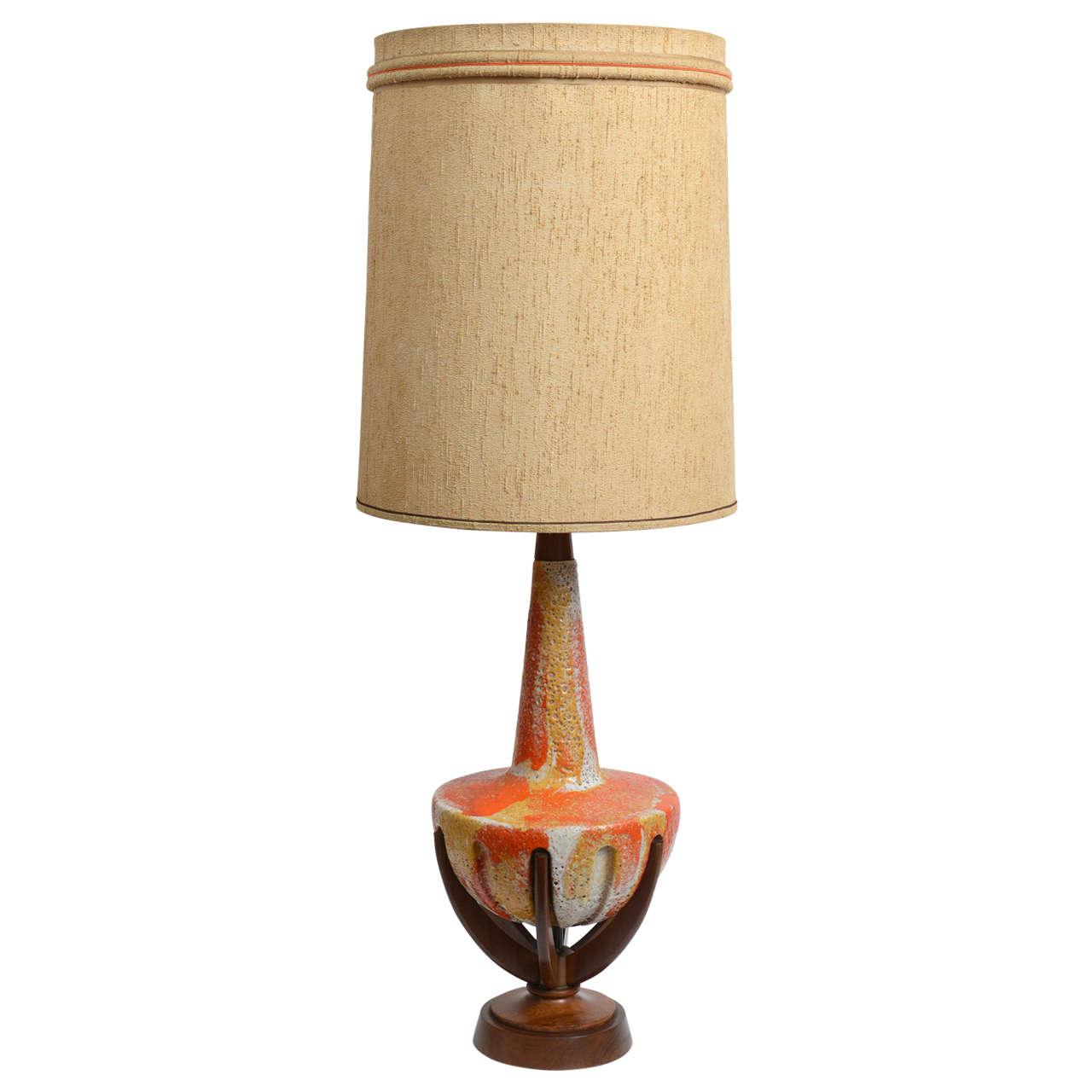 1960s Atomic Lava Ceramic Table Lamp on a Tripod Walnut