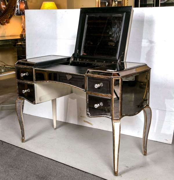 Hollywood Regency Furniture Vanity
