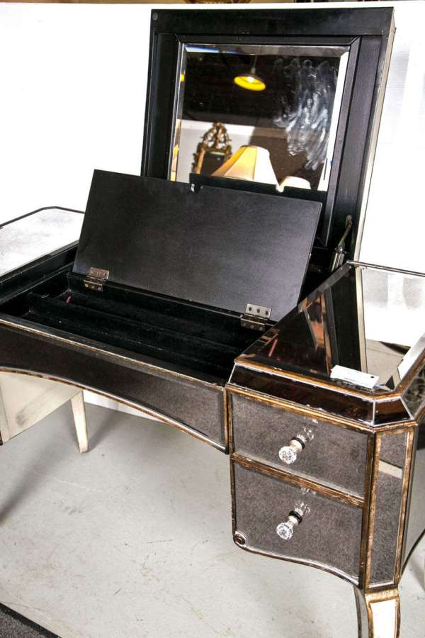 Hollywood Regency Style Mirrored Vanity 1stdibs
