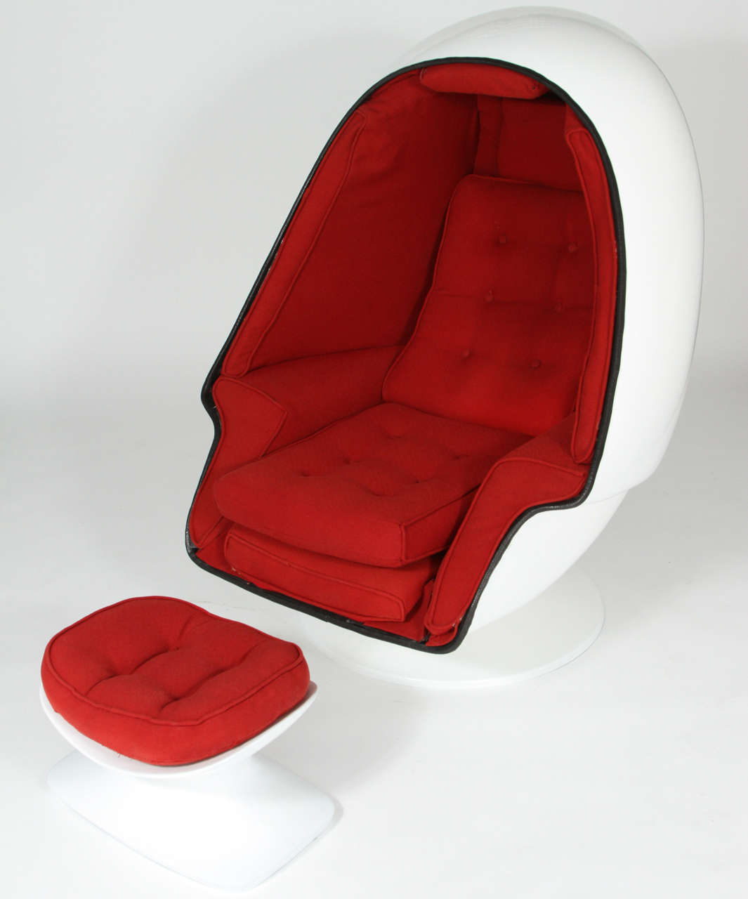 Egg Chair With Speakers Very Rare 1968 Tony Casello Associates Fiberglass Egg