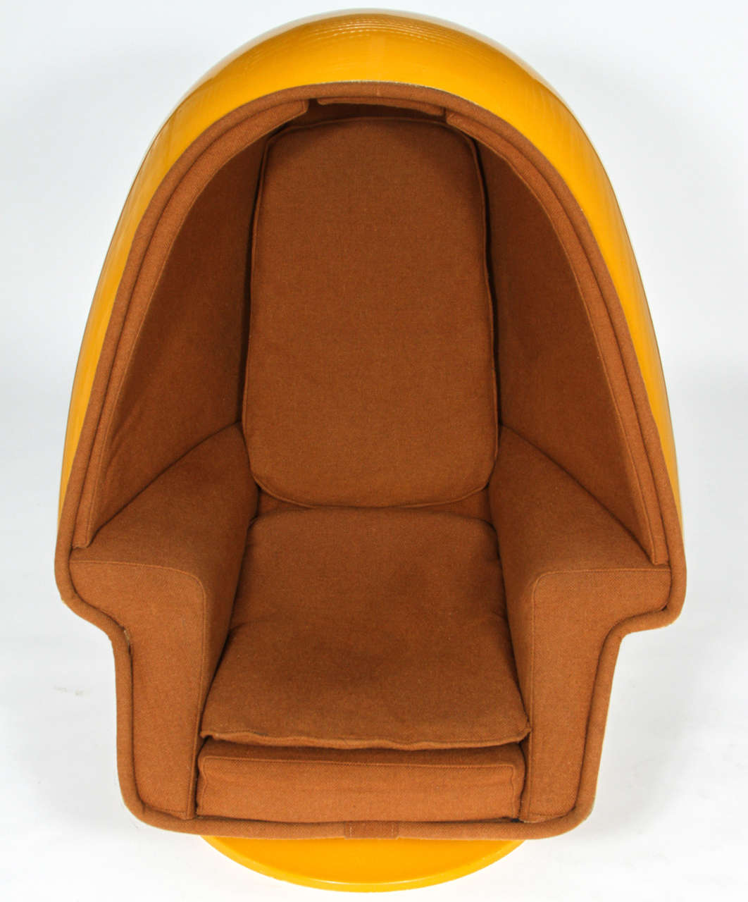 Alpha Egg Chair 1970 Vintage Lee West Alpha Chamber Egg Pod Stereo Chair