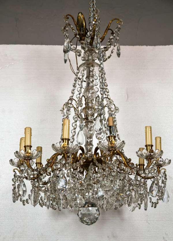Bronze And Crystal Georgian Style Chandelier. 1stdibs