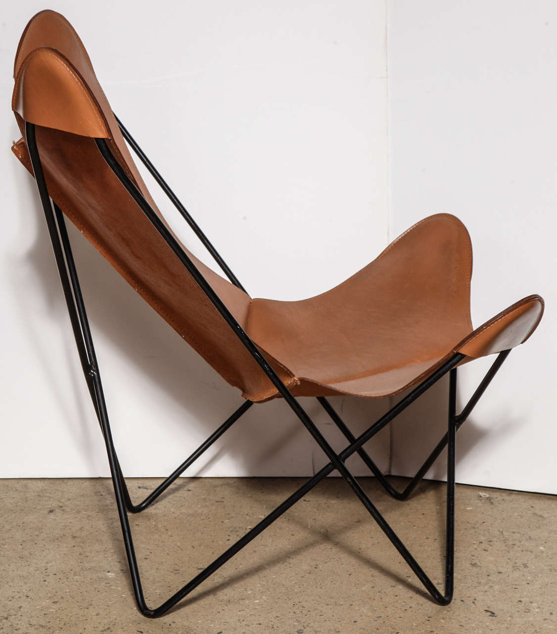 leather chair modern eddie bauer high chairs single knoll style hardoy butterfly at 1stdibs argentine for sale