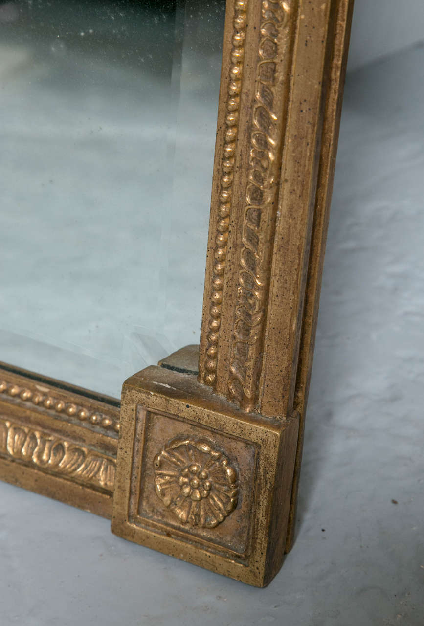 Federal Style Antique Mirror with Gilt Carved Eagle For