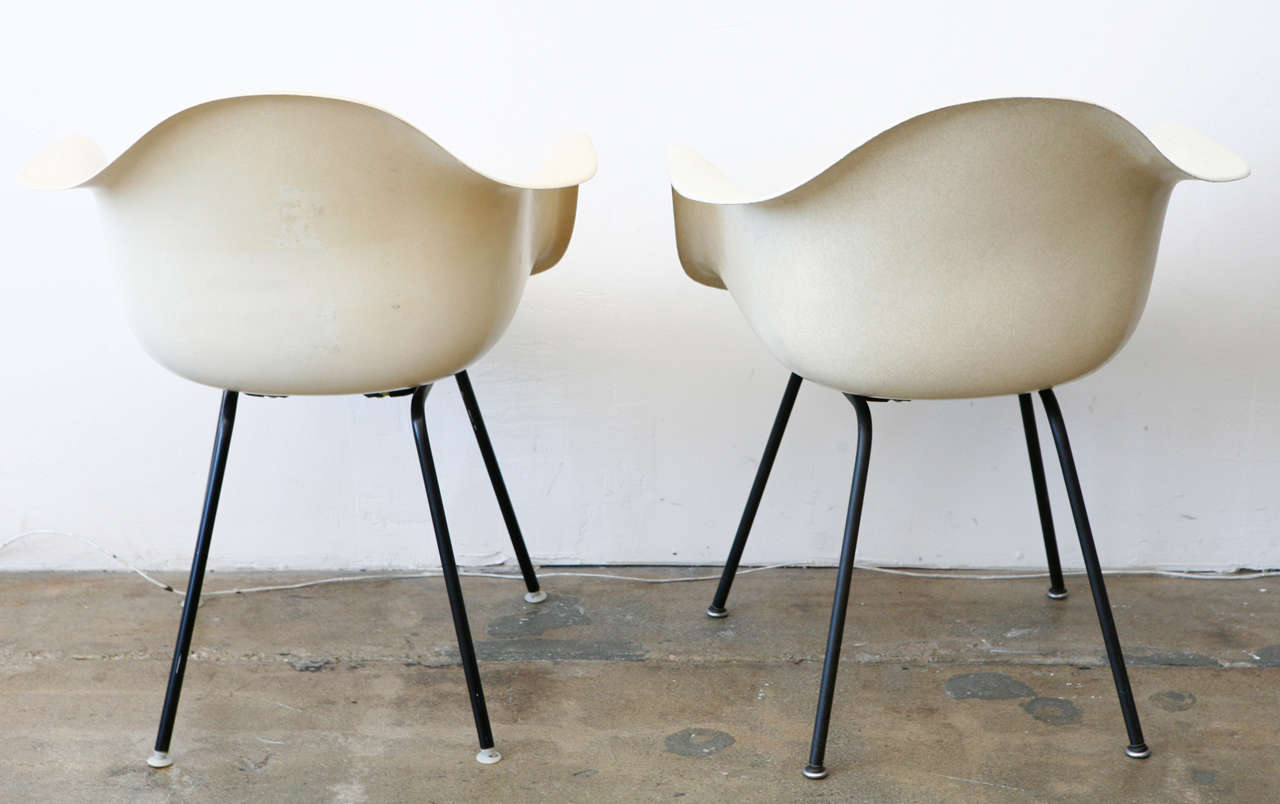 eames bucket chair pier one rooster chairs at 1stdibs