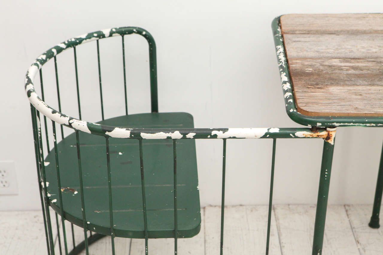 tete a chair outdoor folding adirondack with cup holder green metal table at 1stdibs