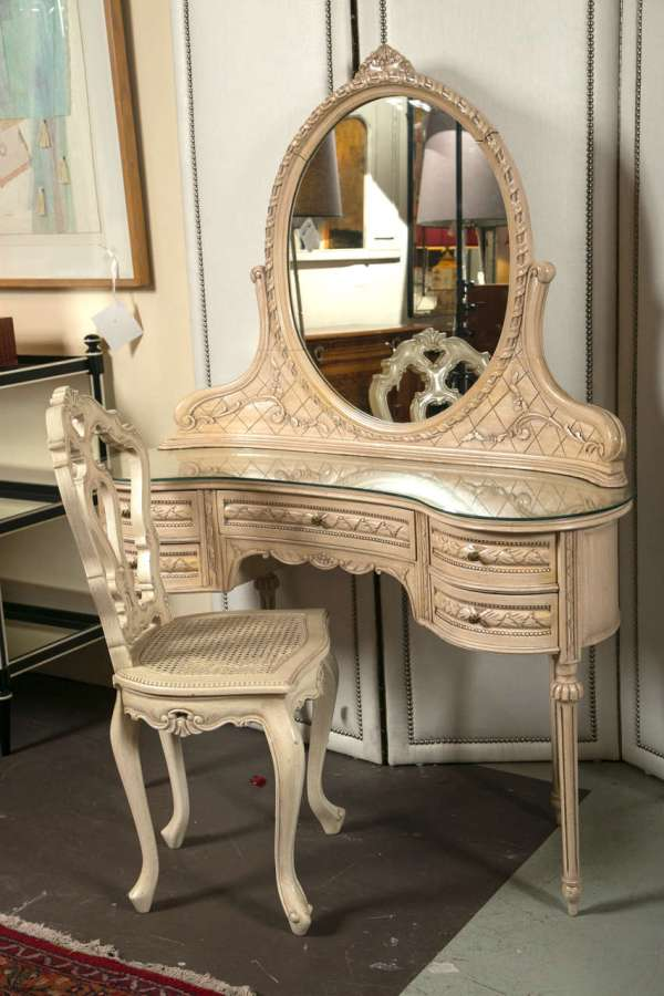Swedish Painted Vanity Desk And Chair 1stdibs