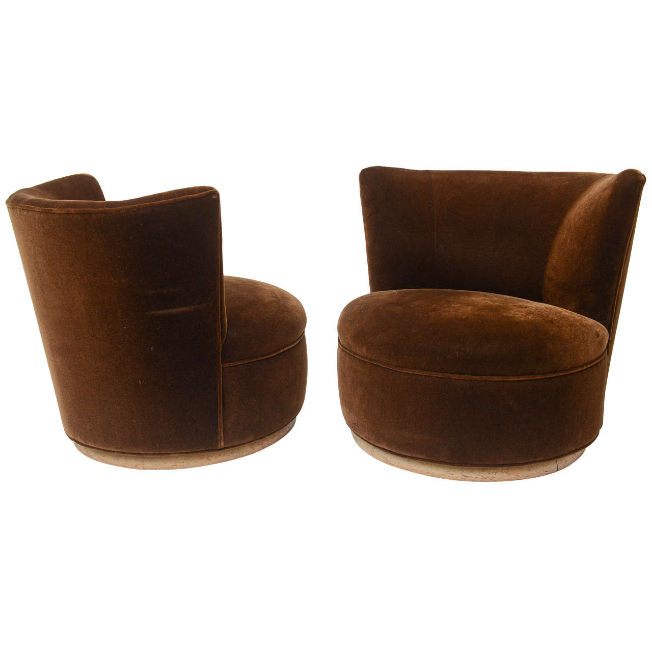 large lounge chair x back swivel chairs at 1stdibs