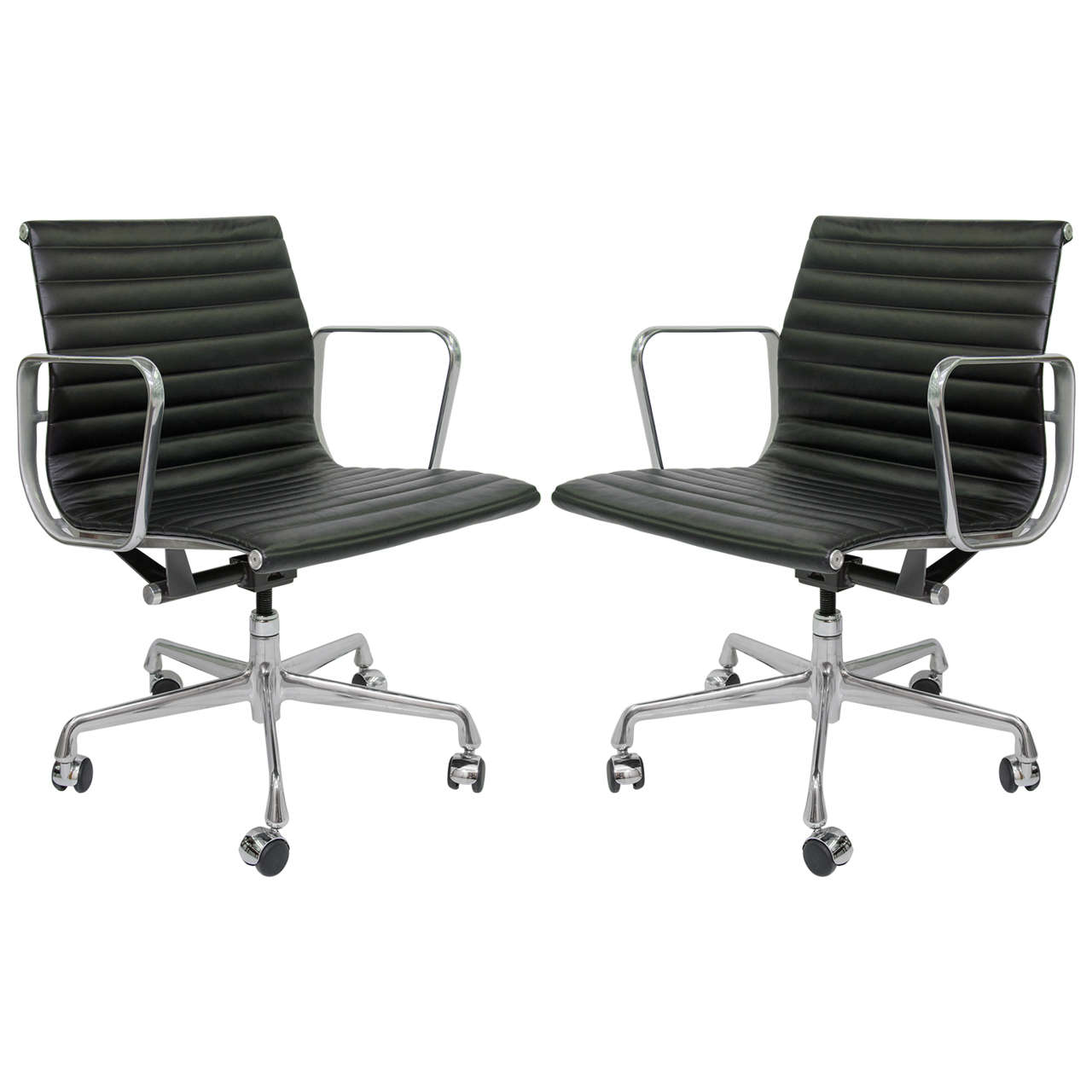 eames aluminum group management chair b and q dining covers pair of herman miller ea335