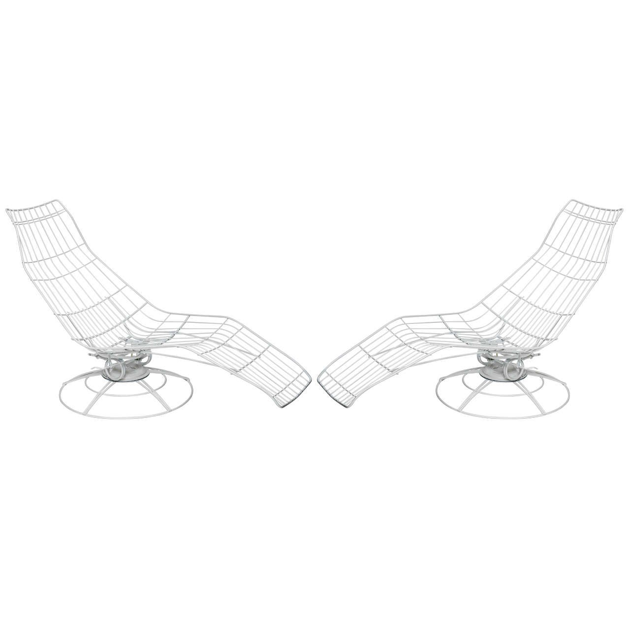 Pair Of 60 S Wire Reclining Chaises At 1stdibs