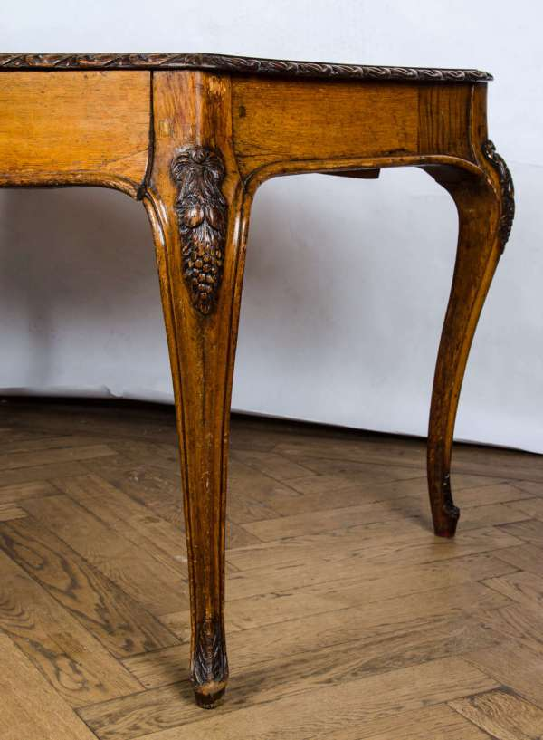 Antique Oak Louis Xv Style Writing Desk 1stdibs