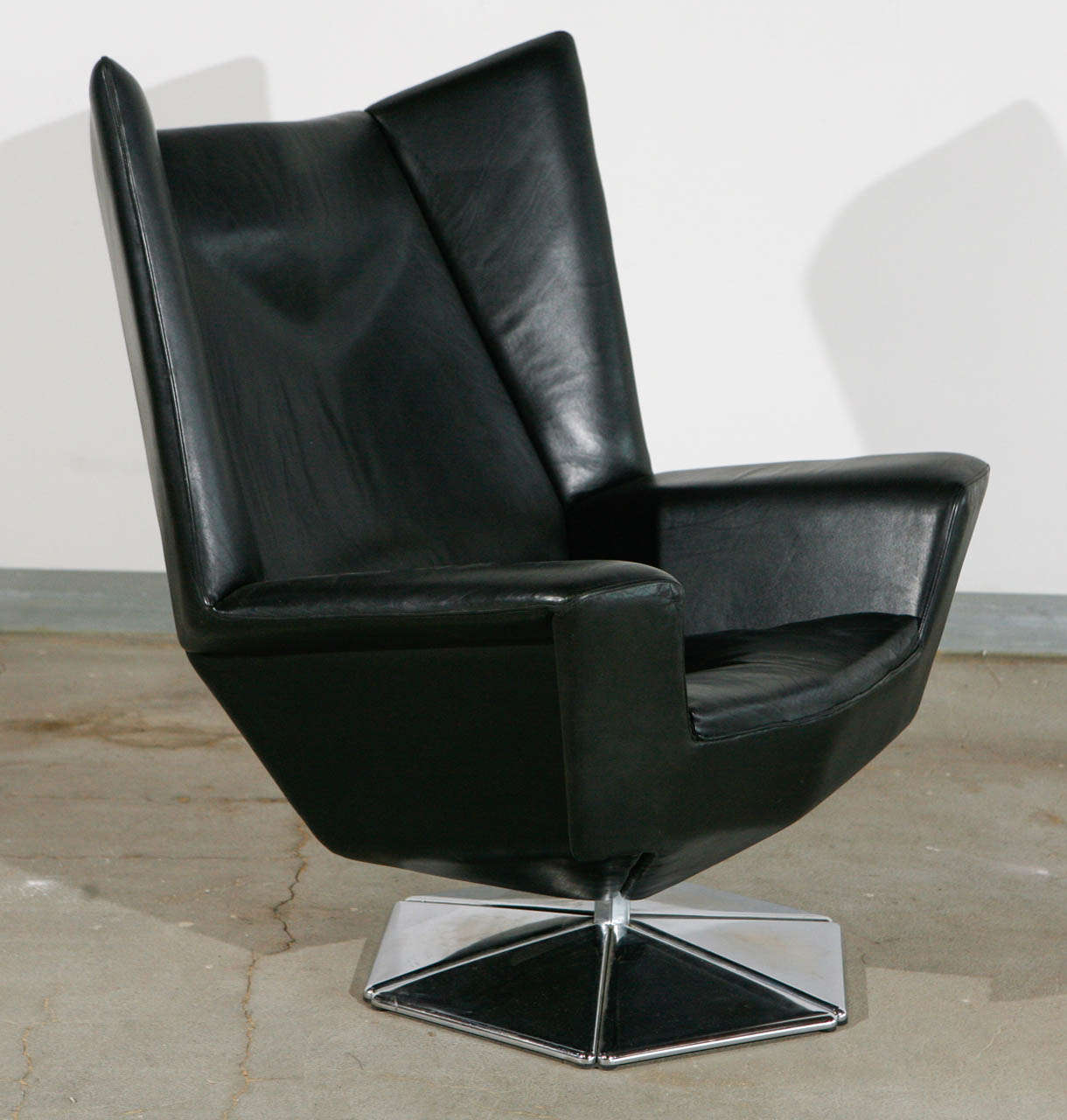 Prisma Chair by Voitto Haapalainen at 1stdibs