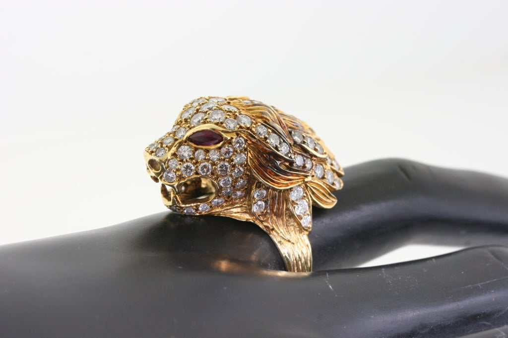 VAN CLEEF And ARPELS Gold Diamond And Ruby Lion Head Ring