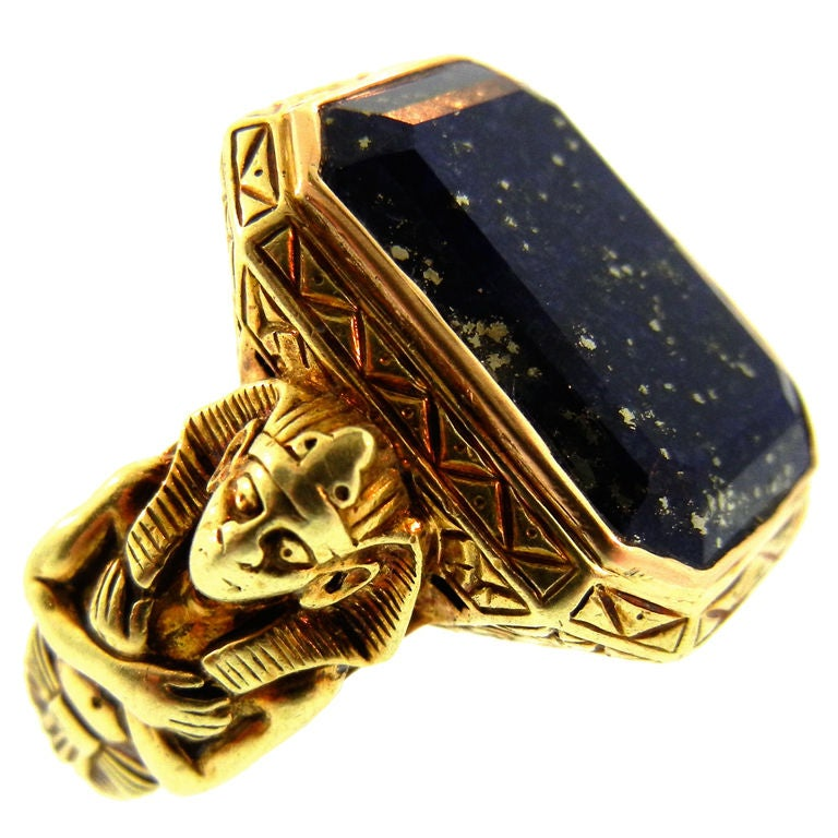 Late Victorian Egyptian Revival Gold Ring with Lapis