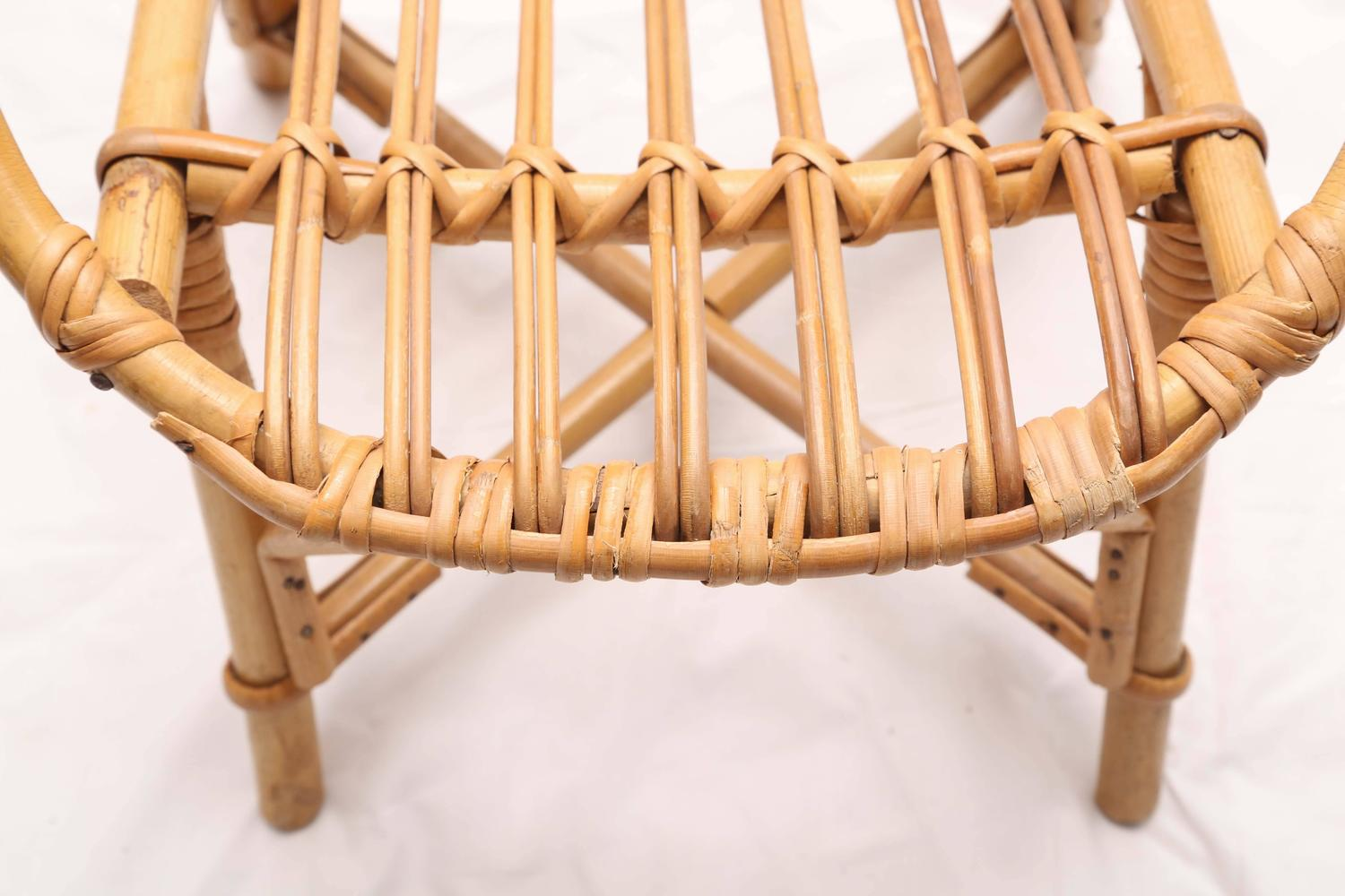 baby bamboo chair saarinen executive side wood legs