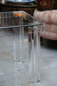Pair of Mid-Century Lucite End Tables at 1stdibs