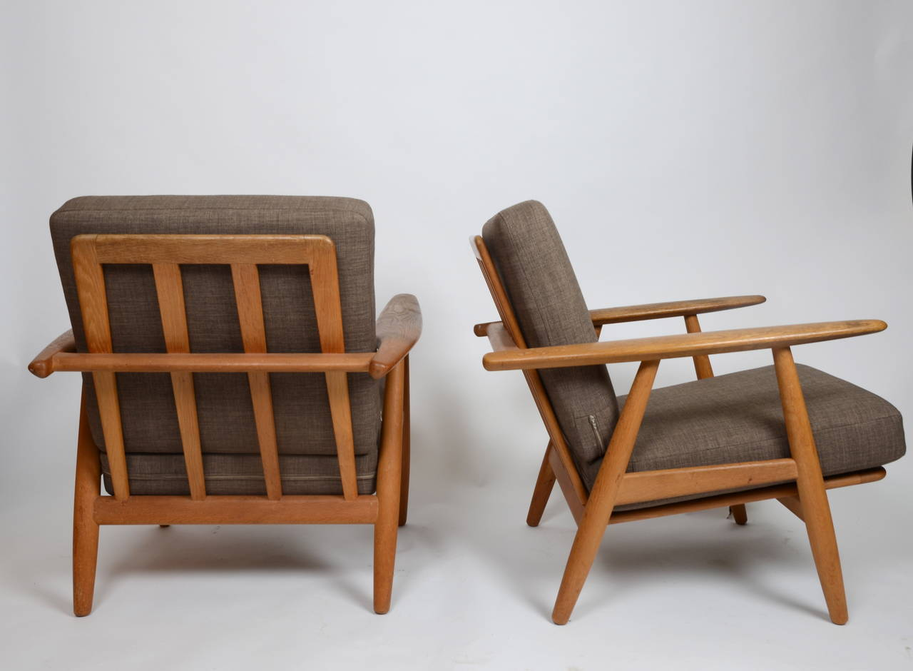 Cigar Lounge Chairs Hans J Wegner Pair Of Ge 240 Cigar Lounge Chairs For
