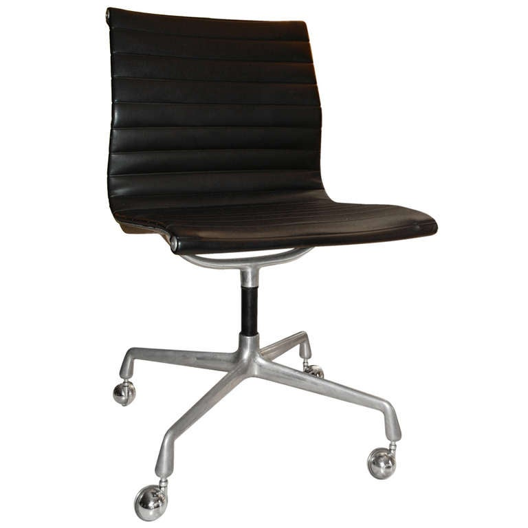 eames aluminum group management chair backrest for flipkart charles herman miller at 1stdibs