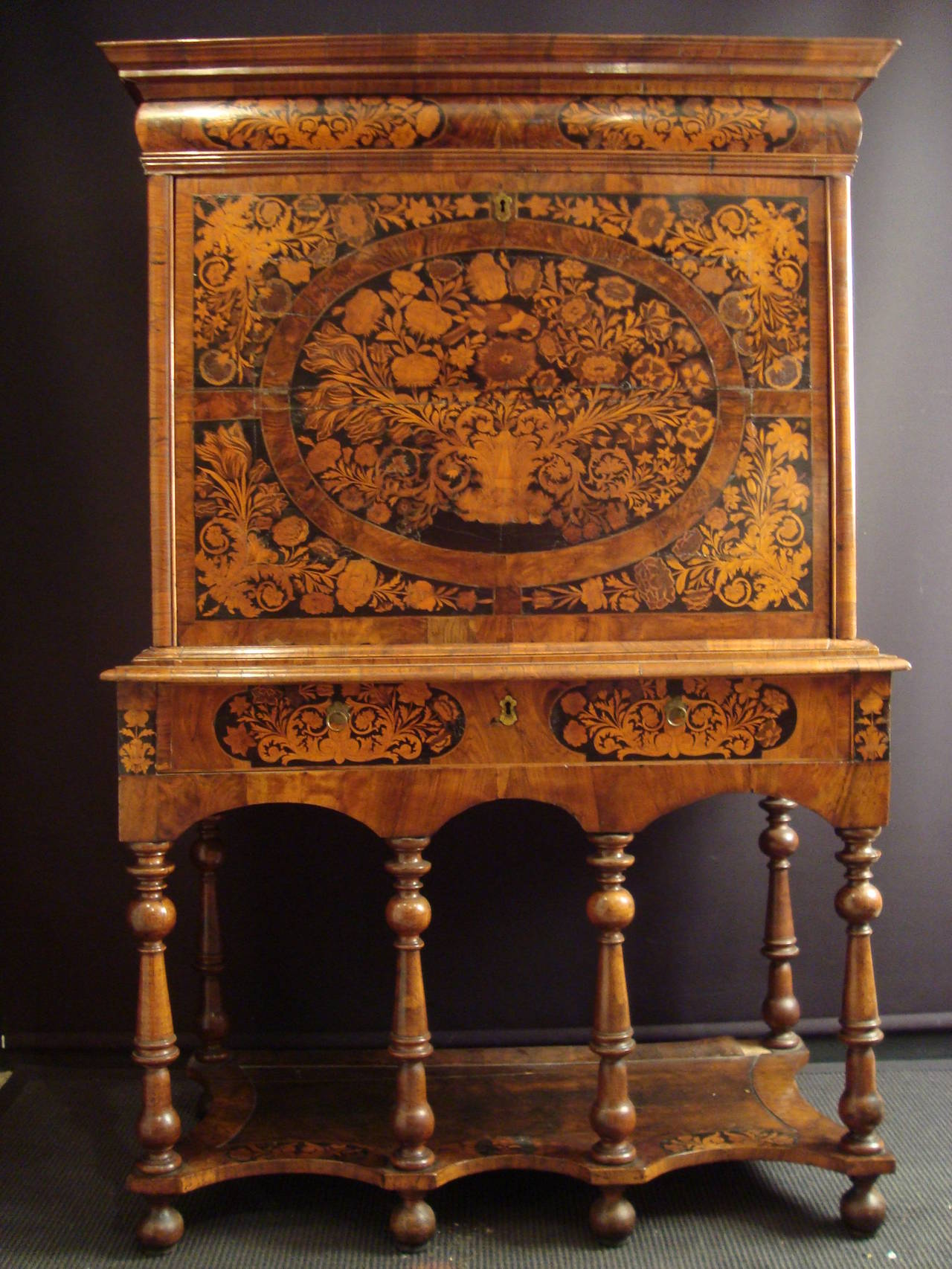 william and mary chair modern recliner chairs melbourne a walnut floral marquetry escritoire