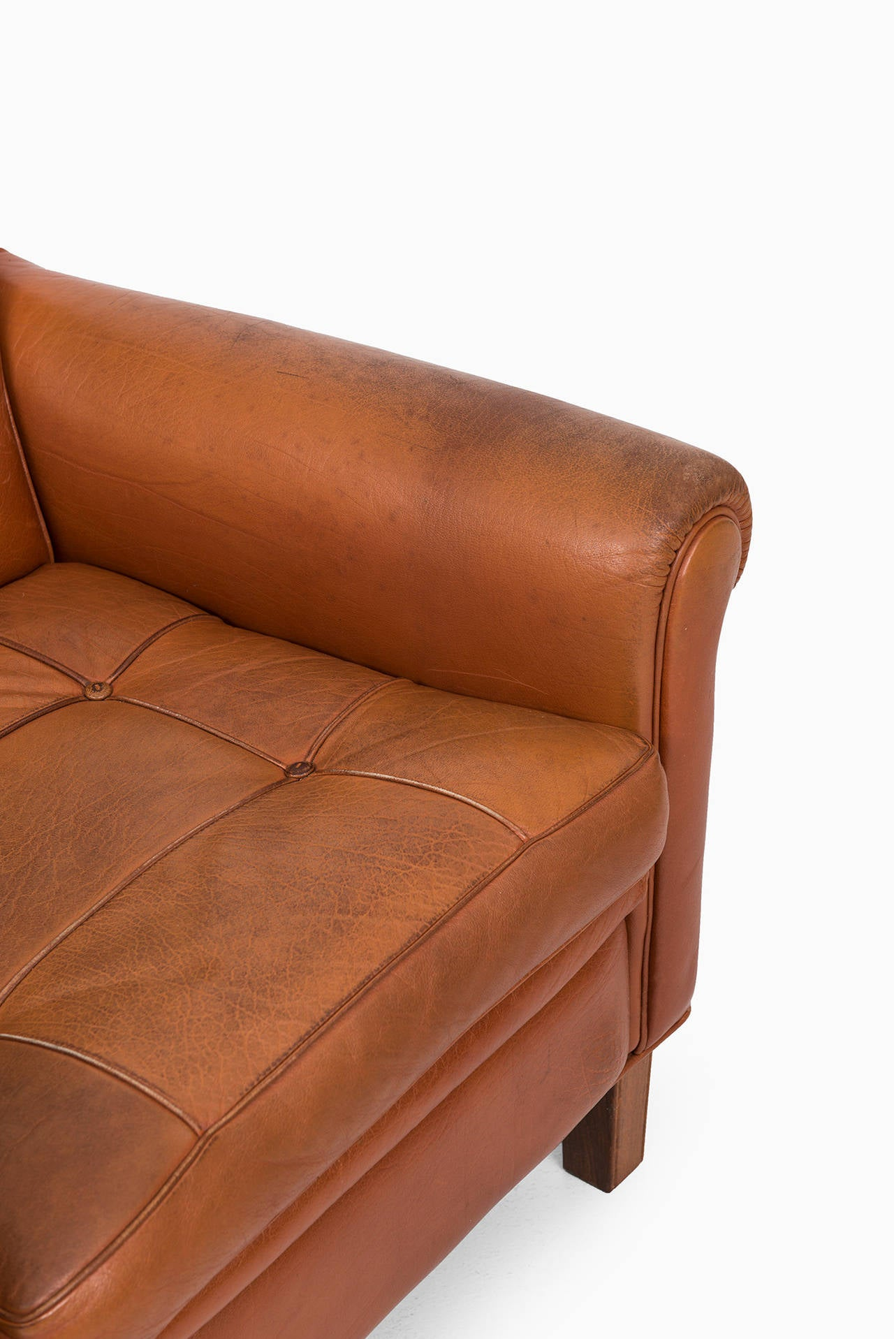 buffalo leather chair timber ridge zero gravity patio lounge oversize xl arne norell easy chairs in brown for sale