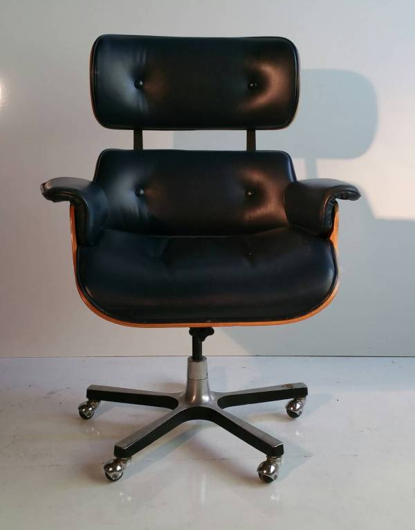 Modernist Style Leather Desk Chair Eames