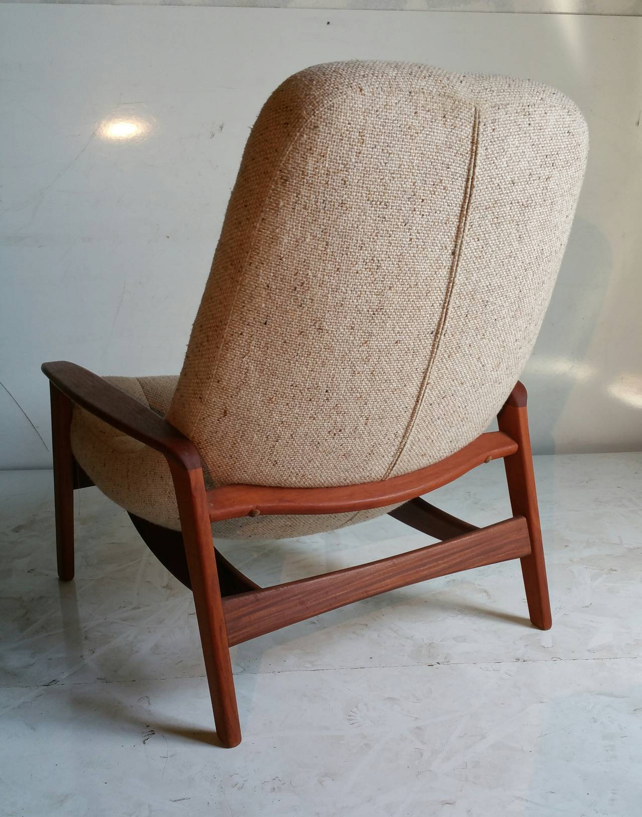 Floating Chairs Teak Floating Egg Chair By R Huber And Co Mid Century