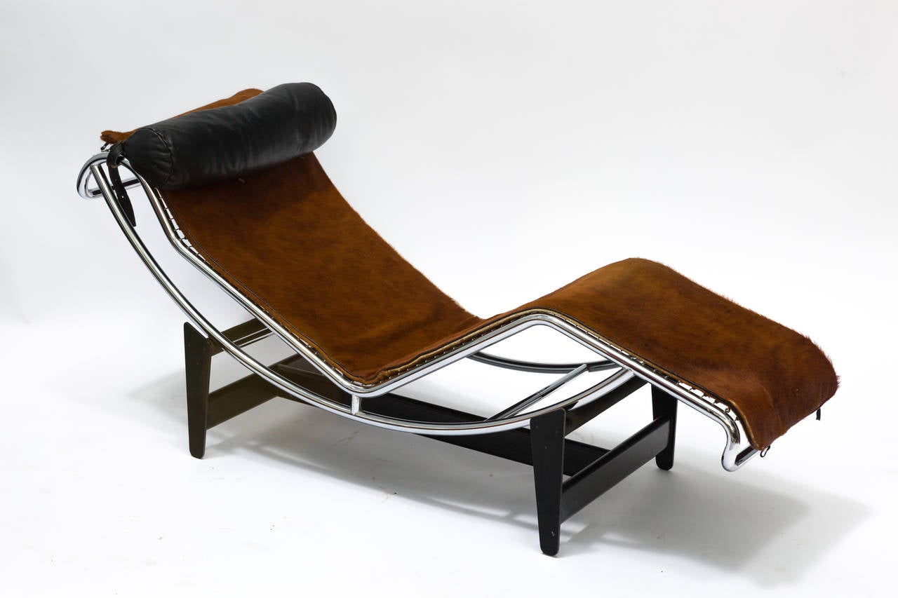 le corbusier chair wedding covers for hire glasgow lc4 chaise longue in cowhide at 1stdibs