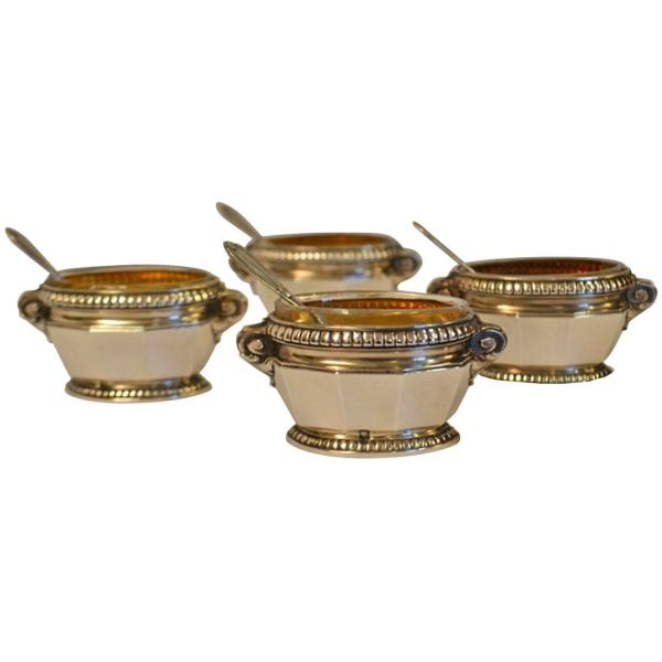 19th Century Set Of Four Sterling Silver Salt Cellars With