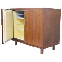 Mid Century Modern Walnut And Burl Bar Liquor Cabinet at ...