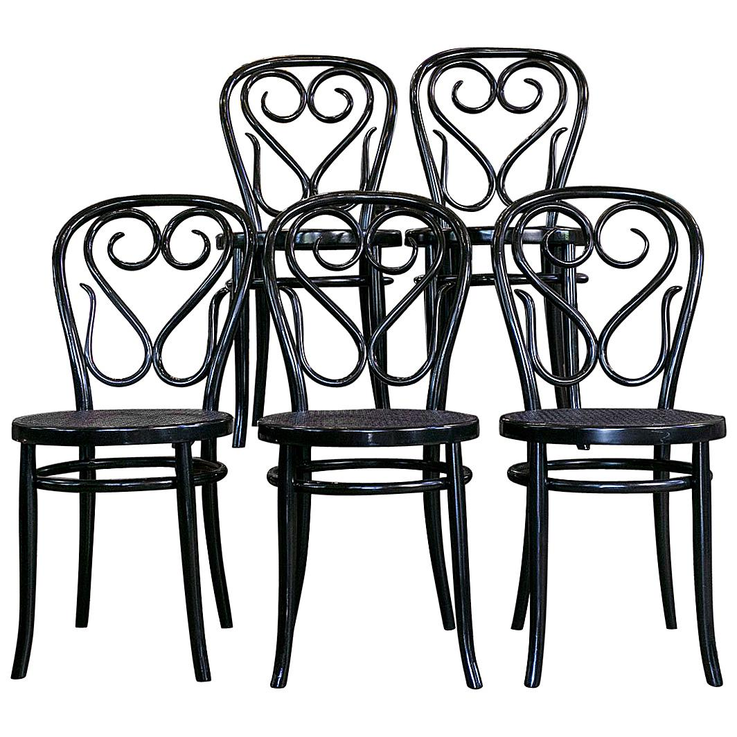 White Bistro Chairs Set Of Five Bentwood Bistro Chair
