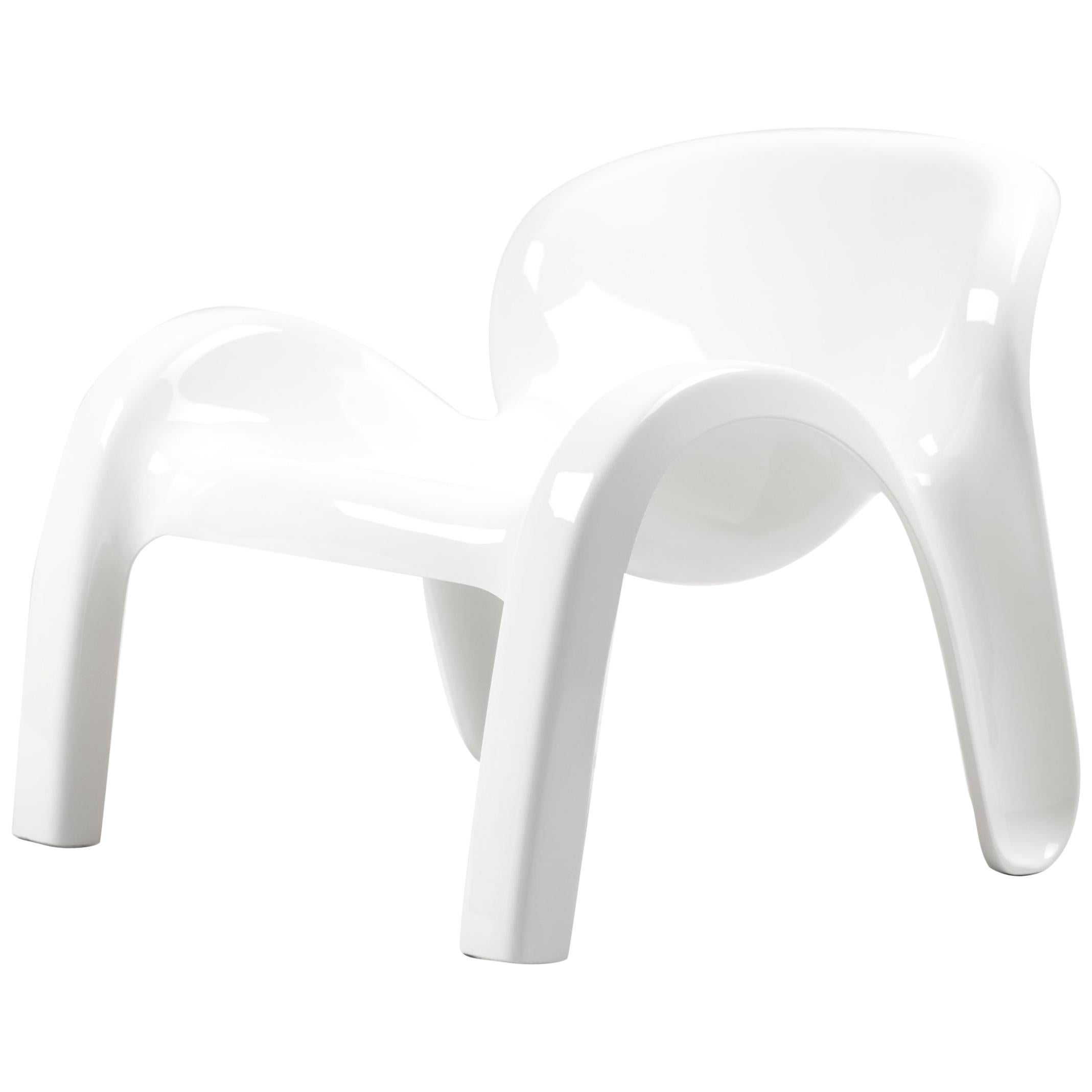 Plastic Lounge Chair Gn2 Lounge Chair By Peter Ghyczy