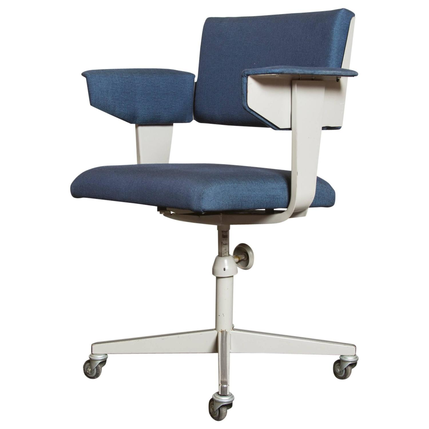 Roller Chairs Friso Kramer Quotresort Quot Rolling Office Chair For Sale At 1stdibs