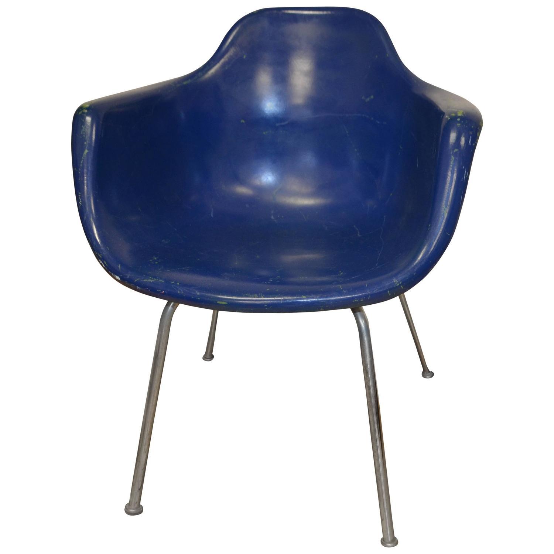 Midcentury Miller Eames Era Fiberglass Shell Chair by