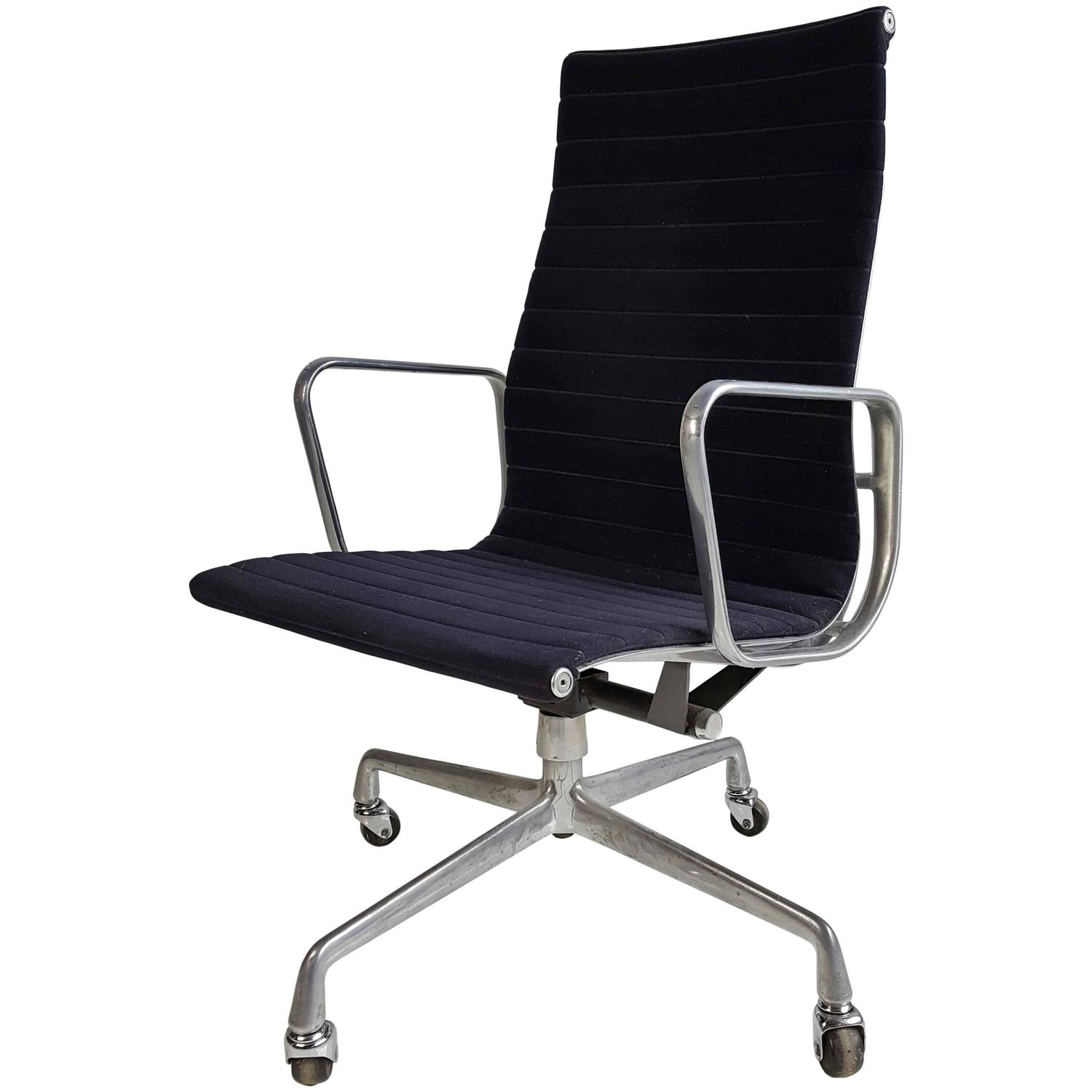 Herman Miller Eames Office Chair Charles Eames For Herman Miller Executive Chair At 1stdibs