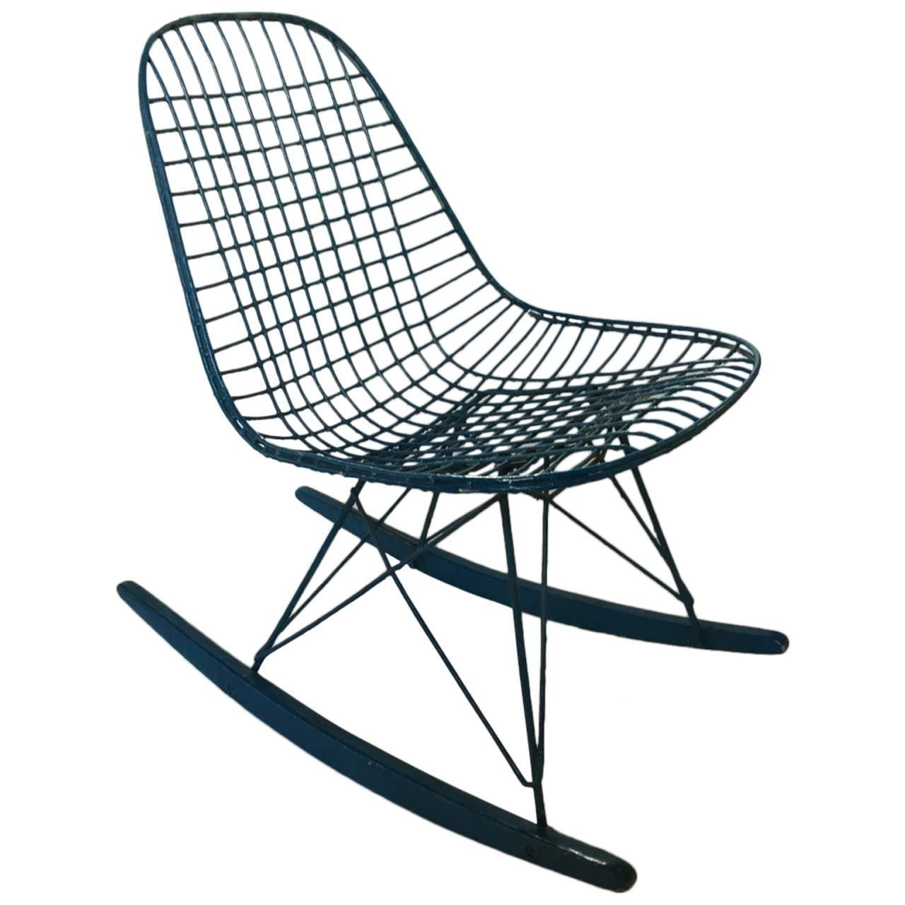 eames rocking chair outdoor chairs world market charles 1950 for sale at 1stdibs