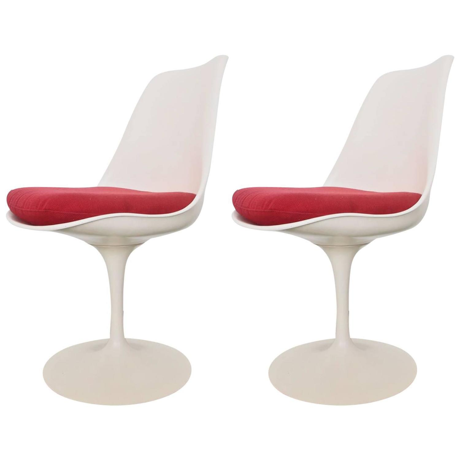 Knoll Egg Chair Pair Of Eero Saarinen Tulip Chairs For Sale At 1stdibs
