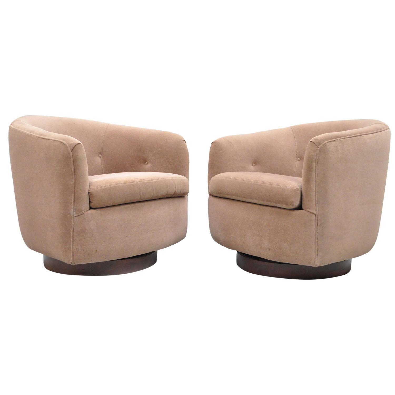 swivel club chair wooden restaurant stevens point wisconsin pair of milo baughman thayer coggin walnut base