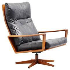 Comfortable Swivel Chair Hook Arne Wahl Iversen Lounge Komfort Denmark 1960 For Sale